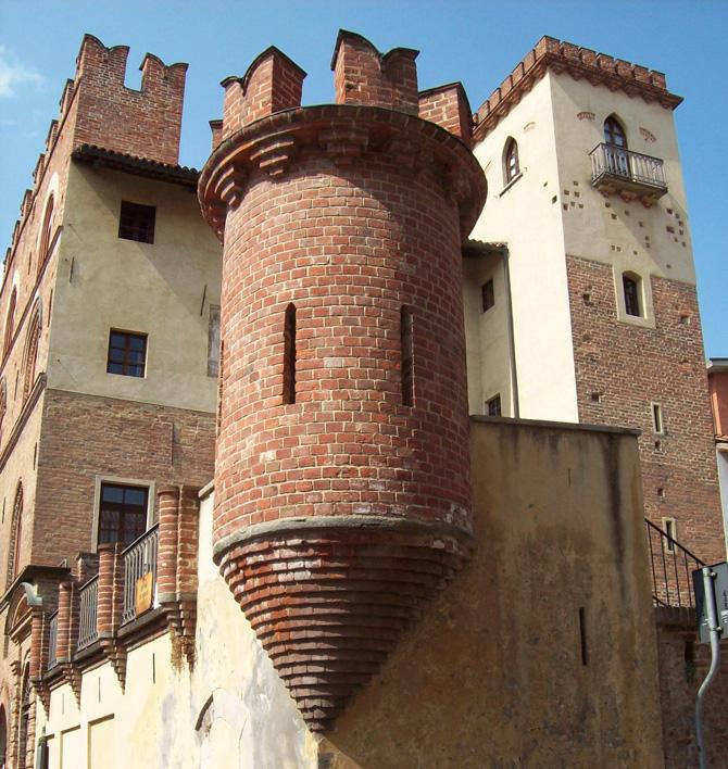 palazzo-traversa_bra