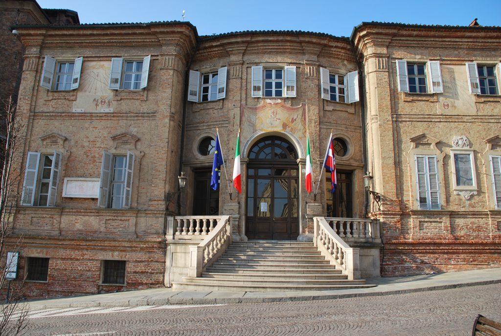 palazzo comunale_comune_bra